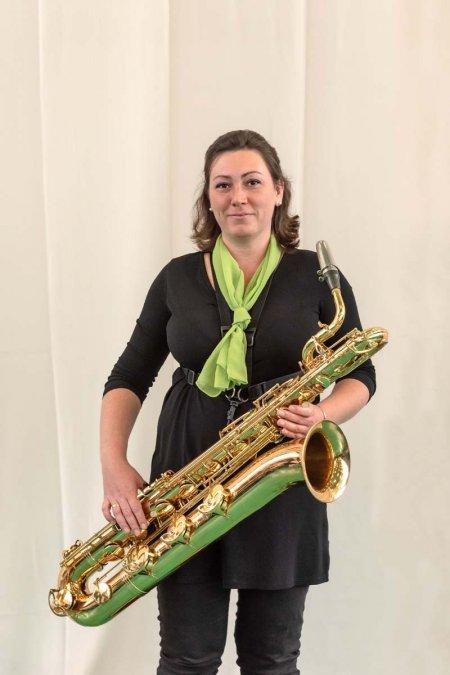 Kovács Gáborné - szólamvezető, baritonszaxofon, klarinét